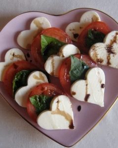 make-caprese-salad-heart-shaped-mozzarella-slide