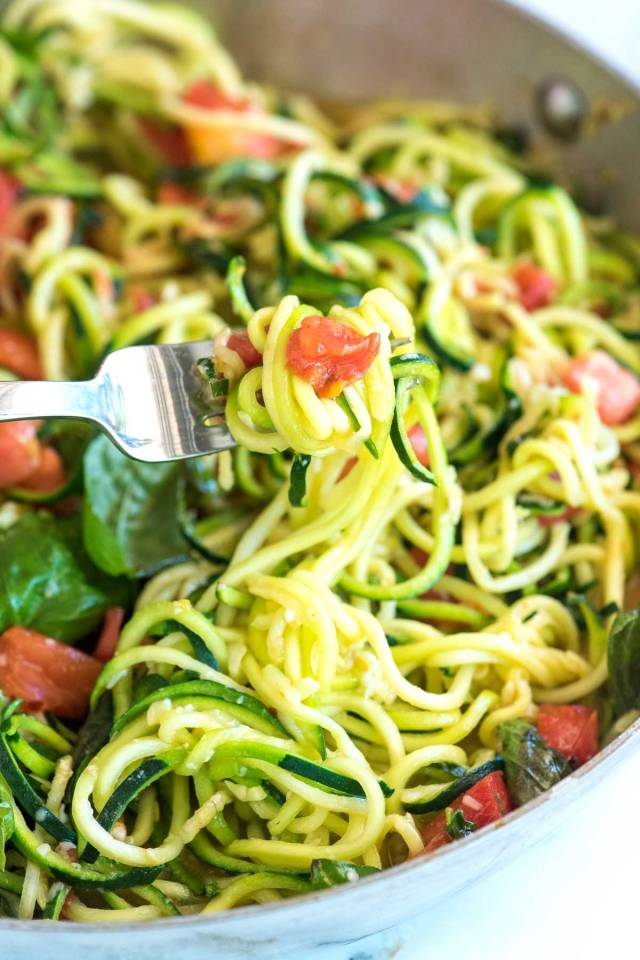 zucchini noodle with vegetables.jpg