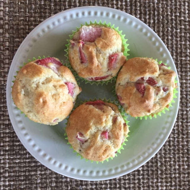 strawberry rhubarb muffins.JPG